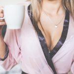 今、女性の乳がんはNo.1に増えている。気をつけたい症状、発見の仕方、予防について。